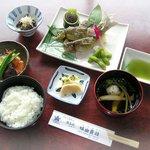 味由貴壮 - 料理写真:鮎塩焼き定食