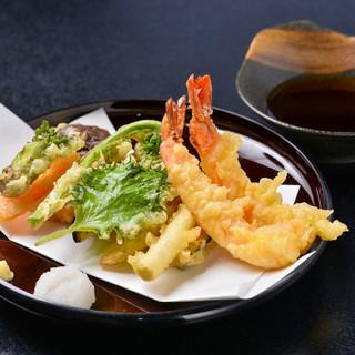 天ぷらで味わう旬の素材