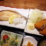 薩州美味しげぞう - ランチ メニューの中から焼き魚、副菜、小鉢が選べます