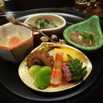 御料理 堀川 - ☆前菜の八寸は種類も豊富です☆