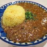 36423515 - 肉カレー(クラッシュ豆腐と粗挽ひね鶏キーマ)