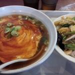 同源 - 料理写真:天津麺&中華飯 税込680円
