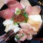 36425059 - 海鮮丼のアップです。