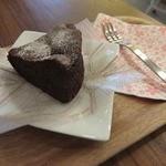36431352 - 【15年3月】自家製濃厚ショコラケーキいただきました!