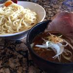 麺処 蓮海 - まぐろ豚骨辛つけ麺 特盛