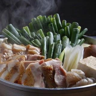 京七谷赤地鶏と九条ネギのすき焼き・水炊き