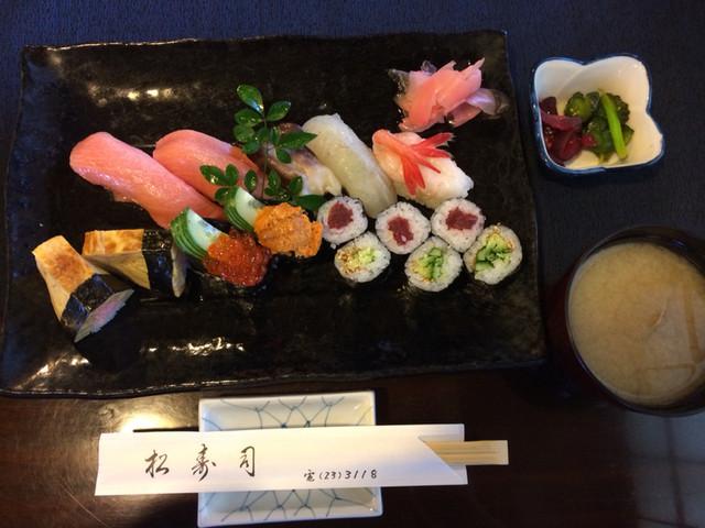 松寿司 - 特上 2500円