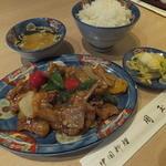 中華 周玉 - ランチの豚肉ピリ辛ら炒め1,150円