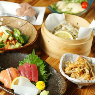 沖縄料理・豊富なメニュー