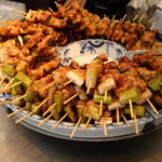 鳥勇 - 料理写真:濃厚なタレをたっぷりかけて召し上がれ!