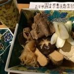 おいしいいっぷく鏑木 - 毎回楽しみな肉豆腐♫良いお肉使ってます。