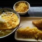 丸亀製麺 - だし玉肉うどん(並)