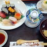 新富鮨 - 特上寿司セット(ランチタイム)
