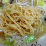 36474965 - 「ごぼう天入り戸畑チャンポン」田中製麺所の蒸し麺