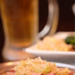 南大沢ホルモン - 料理写真:タイムサービスのプレモルとお通しのナムルとレバテキ