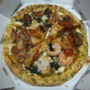 ドミノ・ピザ - 料理写真:1枚目、確か「チーズンロール・クワトロ・デライト」だったと思われます。2600円(2015.3.27)