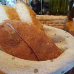 36483528 - ホカッチャ(フェンネルシード入り。香りが良い。北海道産小麦を使用。)