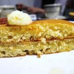 FORTY NINER - クラシックパンケーキ 焼きバナナ
