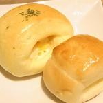 グレイスガーデン - コーンパンとチーズパン☆♪