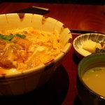 365618 - 炭火焼き親子丼