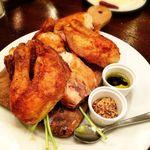 ワイン食堂 根 - フランス産ひな鶏のまるごとロースト(カットしてくださいました)