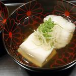 36514240 - 胡麻豆腐とアイナメの煮物椀