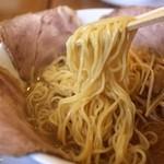 麺房てっぺん - ストレート細麺