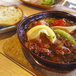 フィッシュジャム - ホタルイカのグツグツ煮(自家製バゲット付き)