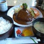 クレピス - ハンバーグ定食 650円