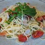 マシモ - マグロとトマトのスパゲティ