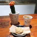 ザ ワーカーズ コーヒー - オートミールクッキー、コーヒー