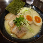36521757 - 「特製鶏だしらーめん 炙りチャーシュー味玉らーめん(塩)」(1200円)