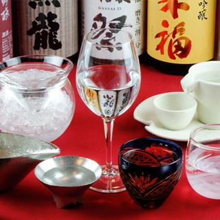こだわりの日本酒を酒器を選んで楽しむ!