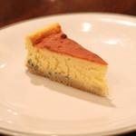 レスプリ・ミタニ ア ゲタリ - ゴルゴンゾーラ チーズケーキ (2015/03)