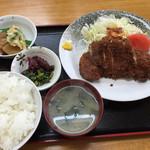 キッチンいさつ  - ロースカツ定食¥750