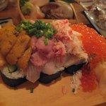 大漁一家 - 大漁てんこ盛り寿司