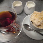 サンクスギビングデイ - セミフレッドと紅茶