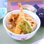 天ぷら割烹 和 - 天丼 770円