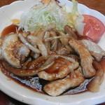 レストラン 三海 - ポーク生姜焼き(アップ)