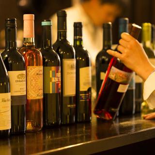 ソムリエ厳選ワインが60種類以上