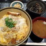 36574769 - ブリカツ丼