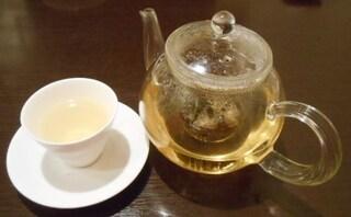 新中国料理 HARAKAWA - ジャスミン茶(無料)