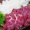 朝日屋精肉店 - 料理写真:特選霜降り馬し