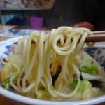 パタタ食堂 - ちゃんぽんの麺アップ