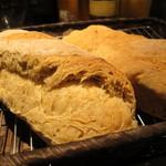 パブリック 松涛 - 自家製パン