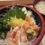 36579452 - ランチ三色丼(2015.04)