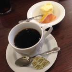 36580605 - アイスとコーヒーがついてました。