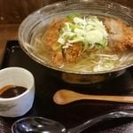 高知ジェントル麺喰楽部 - カツラーメン醤油