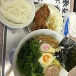 36583093 - 海老塩ラーメンほうれん草トッピング唐揚げ定食