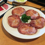 上越 食道園 - 料理写真:牛タン ¥1480